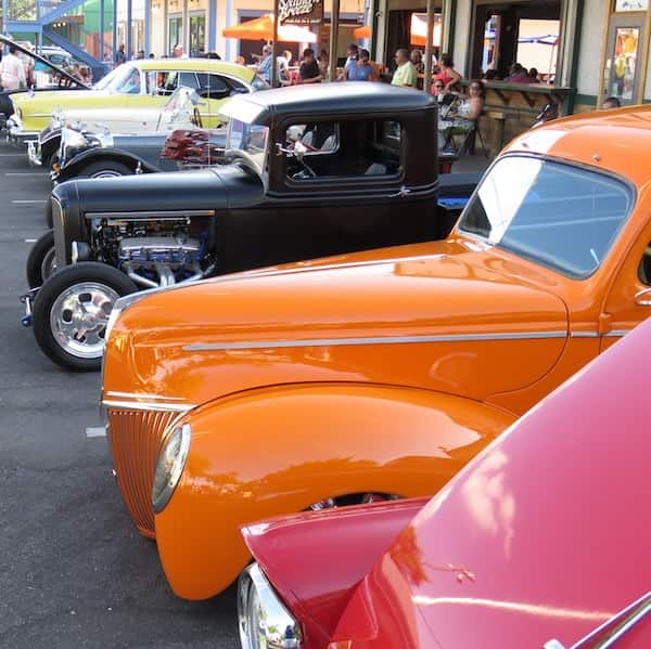 Cheap Things to do in Kissimmee - Saturday Nite Car Cruise