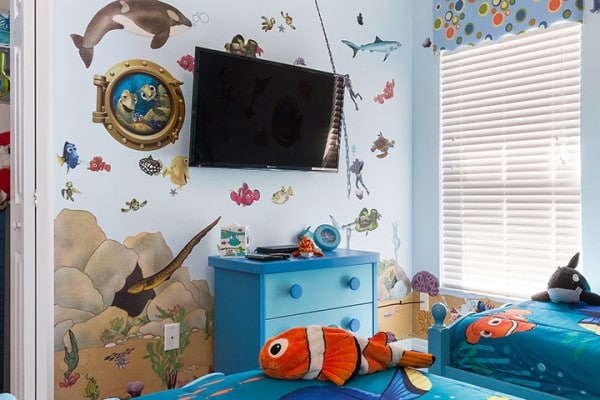 Finding Nemo Bedroom. 42 Inch HDTV With Playstation