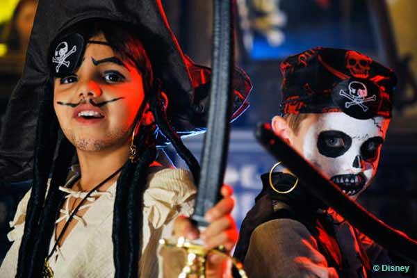 Orlando Attractions - Pirates League